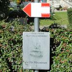 ItaliAdesso-Bord-Via-Mercatorum-Valle-Brembana-Bergamo-Noord-Italie-wandelen