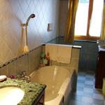 albergo-milano-piazzatorre-valle-brembana-noord-italie-badkamer-2